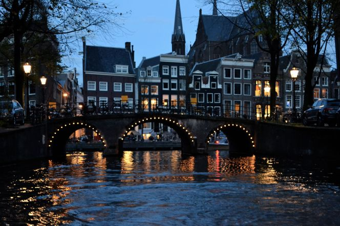 amsterdam-night