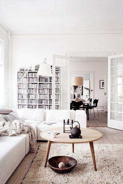 white-interior-home-decor